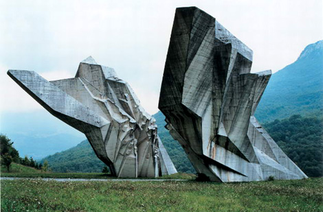 Spomenik4-2007